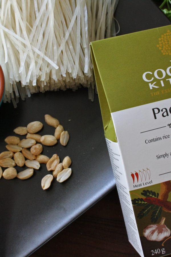 Pad Thai Recipe, Meal Kit, Coconut Milk RecipesThai Cookbook, Coconut Milk, Coconut Oil,, Thai Green Curry Recipe, Thai Red Curry, Thai food, chilli gifts, Thai Taste, Taste of Thai chilli gifts, Thai Taste, Taste of Thai